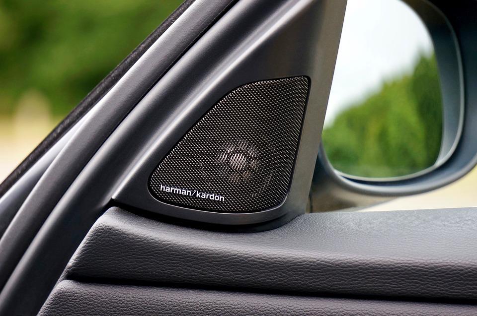 Ne treba slušati muziku u automobilu?