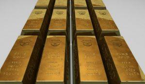 Indijac švercovao dva kilograma zlata u anusu