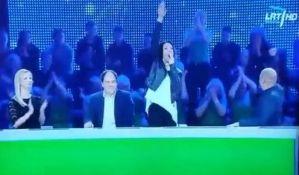 VIDEO: Televizija se izvinila zbog nacističkog pozdrava glumice