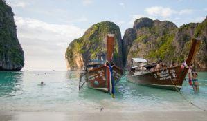 Poznata tajlandska plaža zatvorena zbog ekološke katastrofe