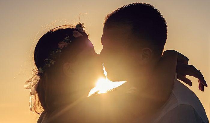 Danas je svetski dan poljubaca
