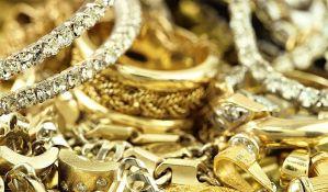 Novosađanka uzela nakit od 47.000 evra da
