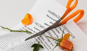 Bivši supružnici više ne mogu da računaju na nadoknadu za nepromenjen životni standard