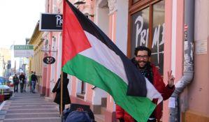 FOTO: Tokom šetnje od Švedske do Palestine, Benjamin Ladra svratio i u Novi Sad