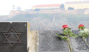 FOTO: Polaganjem venaca obeleženo 76 godina od Novosadske racije