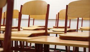 Direktori škola kriju slobodna radna mesta, a sačuvali svoja