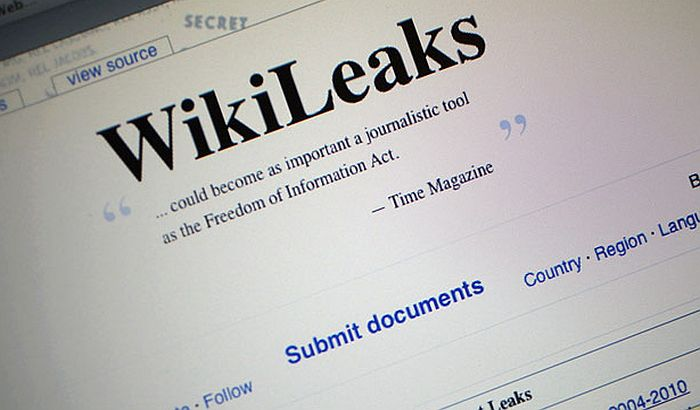 Vikiliks: CIA prisluškivala putem telefona i televizora