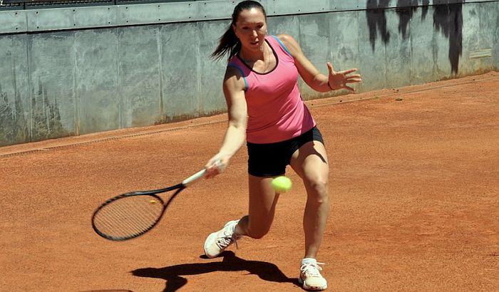 Janković zaustavljena na startu turnira u Rimu