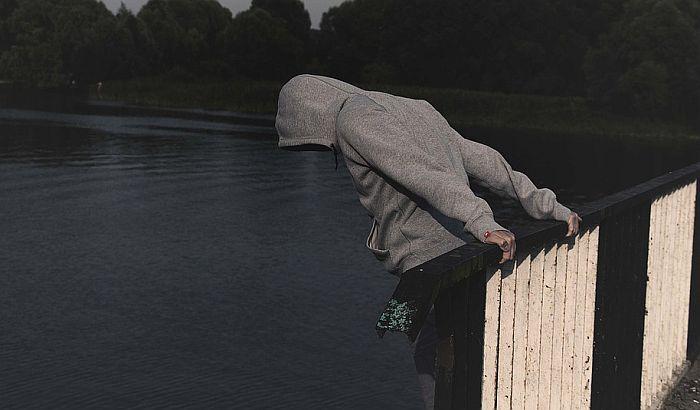 Samoubistva deo naše stvarnosti, ali je odlazak kod psihologa i dalje tabu tema