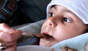 Čak 40 odsto roditelja deci daje pogrešnu dozu leka