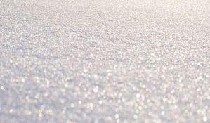 Zbog snega da se bez preke potrebe ne kreće na put