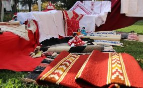 Više od 200 udruženja seoskih žena Vojvodine predstavilo svoje stvaralaštvo