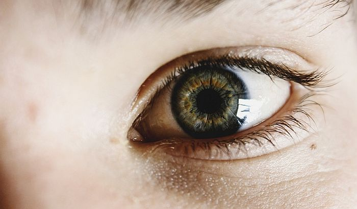 Dete zamalo oslepelo zbog stroge dijete