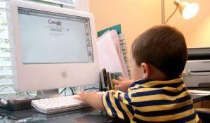 Dečak duguje 110.000 dolara Google