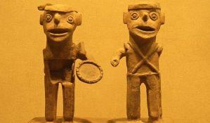 Njujorčani danas donose misteriozne predmete u muzej