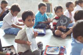 Deca u Indiji u školama će učiti o sreći