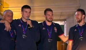 VIDEO - Đorđević: Vidimo se na balkonu i za četiri godine