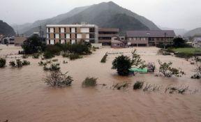 VIDEO: Tajfun Talim pogodio Japan, najmanje dvoje mrtvih
