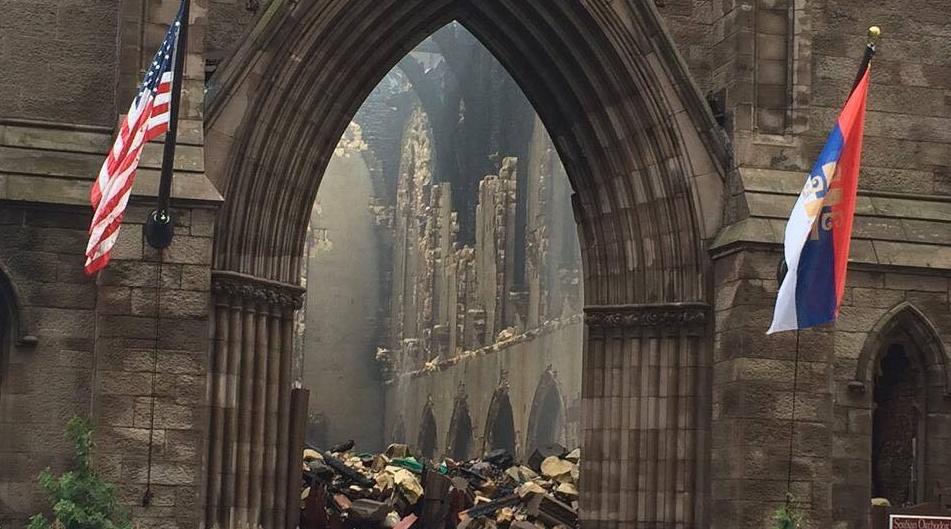 FOTO: Crkva Svetog Save na Menhetnu u ruševinama