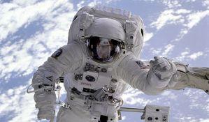 Dvojica astronauta se vratila na Zemlju