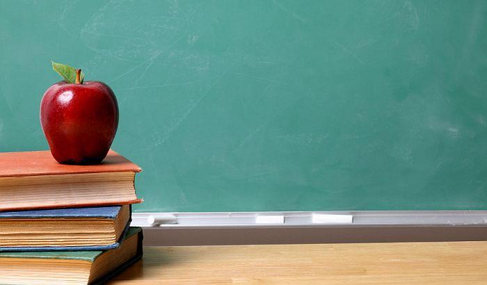 Licence izgubilo 46 nastavnika