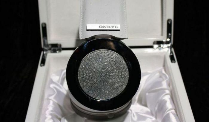 Slušalice sa dijamantima od 200.000 dolara