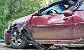 Direktan sudar automobila kod Aleksinca, među povređenima i dete