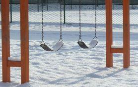 Devojčica umrla od hladnoće, vaspitačice je zaboravile u dvorištu