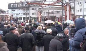 Meštani Požege ponovo protestovali jer je lokalna vlast kupila nelegalnu zgradu