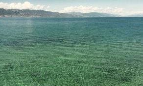 VIDEO: Potonuo brod, nafta se izlila po Ohridskom jezeru