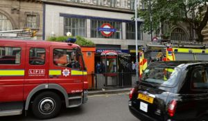 VIDEO: Požar u londonskom metrou, stanica zatvorena
