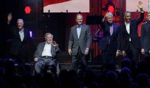 Petorica bivših predsednika SAD zajedno na humanitarnom koncertu