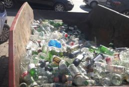 Za tri sata Novosađani doneli 1,5 tonu stakla za reciklažu