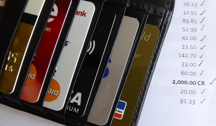 Značajno poskupljuje održavanje tekućih računa u bankama