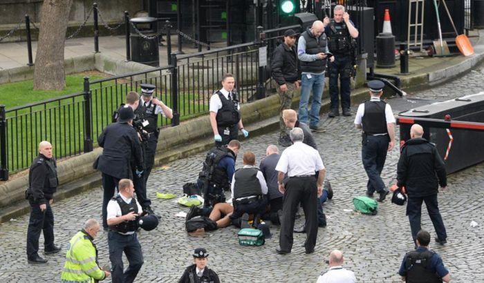 Nema dokaza da je napadač iz Londona povezan sa Islamskom državom