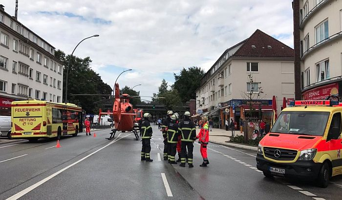 Napad nožem u marketu u Hamburgu, ima mrtvih i ranjenih