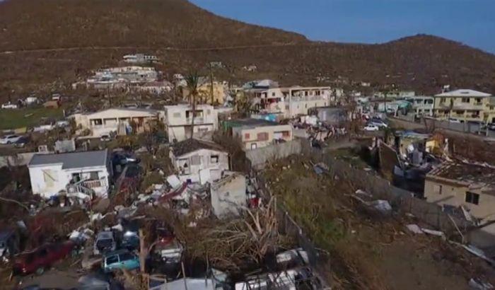 Državljani Srbije čekaju evakuaciju sa ostrva koje je opustošila Irma