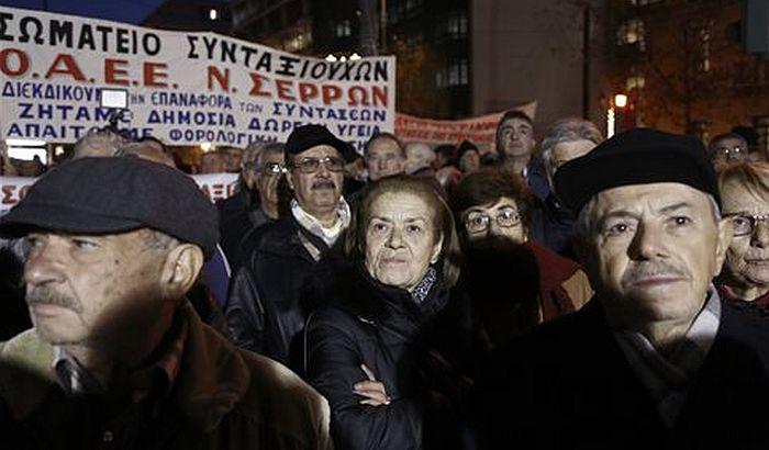 Hiljade penzionera na ulicama Atine