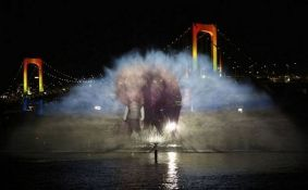 Sutra spektakl u Dunavskom parku: Filmska projekcija iznad jezerceta