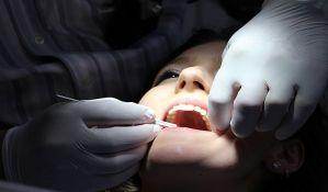 Pacijentkinji izvadio 22 zdrava zuba i ugradio joj loše mostove
