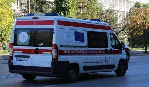 Četvoro povređeno u udesima, a jedna osoba u požaru na Grbavici