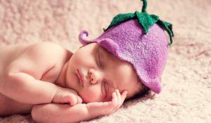 Rodila bebu u 59. godini posle lečenja steriliteta