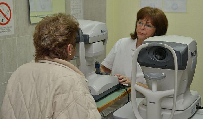 Dom zdravlja na Limanu IV dobio dva nova aparata za pregled očiju