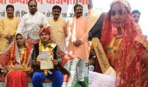 VIDEO: Indijske neveste dobile palice kojima će tući pijane muževe