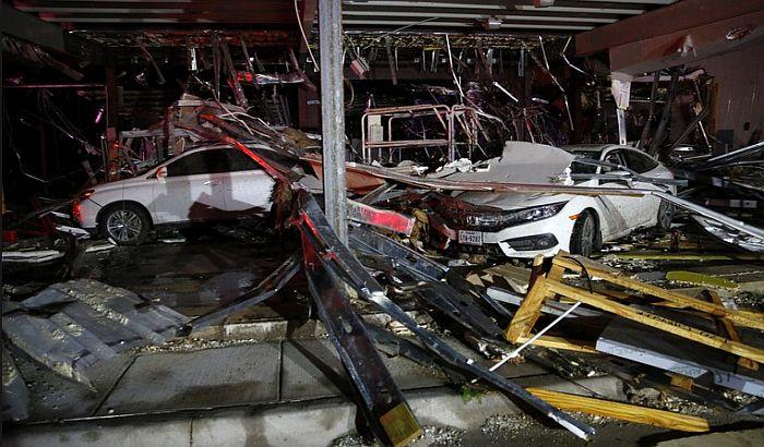 VIDEO: Poginulo petoro ljudi u tornadima u Teksasu