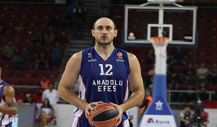 Nenad Krstić završio karijeru