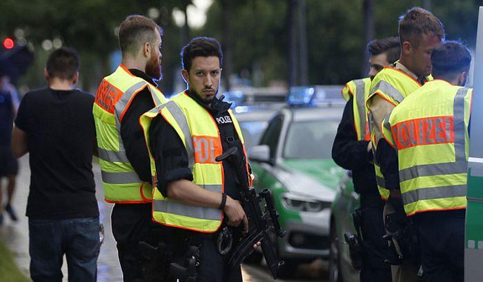 Debeli policajci dobijaju otkaze