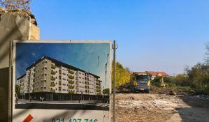 FOTO: Počelo rušenje trščara, najstarijih kuća u Novom Sadu