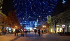 Novogodišnja rasveta u Novom Sadu košta pet dinara dnevno po ukrasu