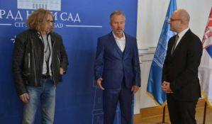 Glumci Džon Sevidž i Lazar Rokvud posetili Novi Sad i Gradsku kuću